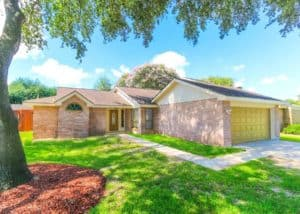Image of a home for sale used at blog post https://www.sharpstownrealty.com/wp-admin/post.php?post=1605&action=edit